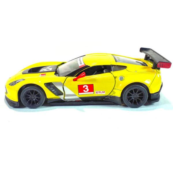 Модель автомобиля Chevrolet Corvette C7. R